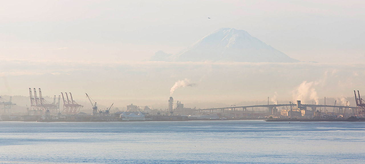 Mt Rainier and the port