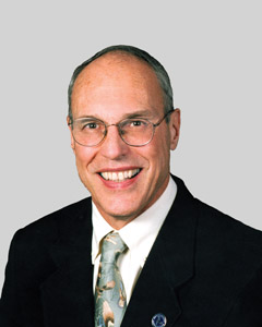 Dr Lewis Zirkle, orthopedic surgeon and founder of SIGN Fracture Care International